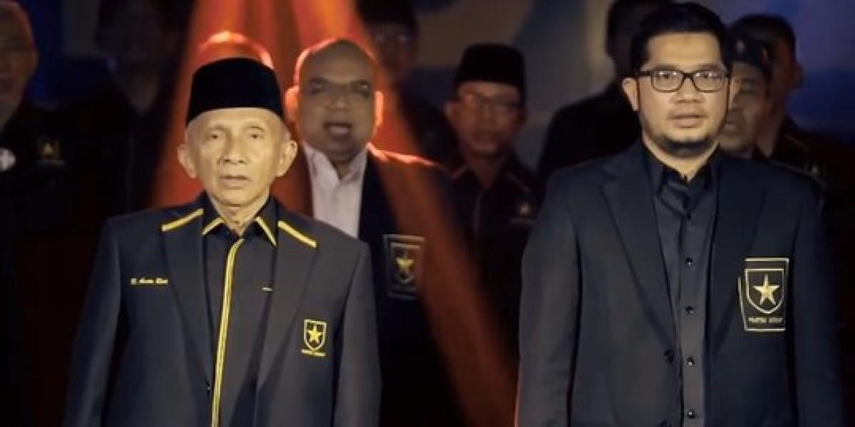 tpua desak jokowi mundur, tb hasanuddin: jangan halu, mendesak presiden mundur bukan perkara mudah