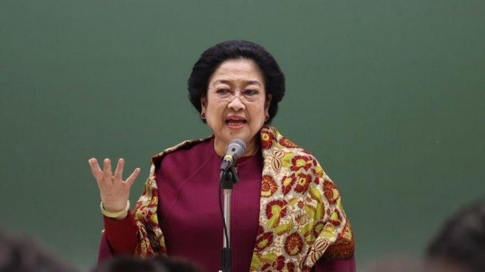 megawati rajin kritik pemerintah, benarkah hubungan pdip dan jokowi renggang? ini kata pengamat